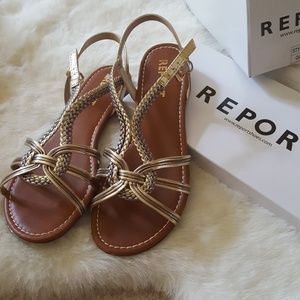 Report Sandals, Size 8 1/2.